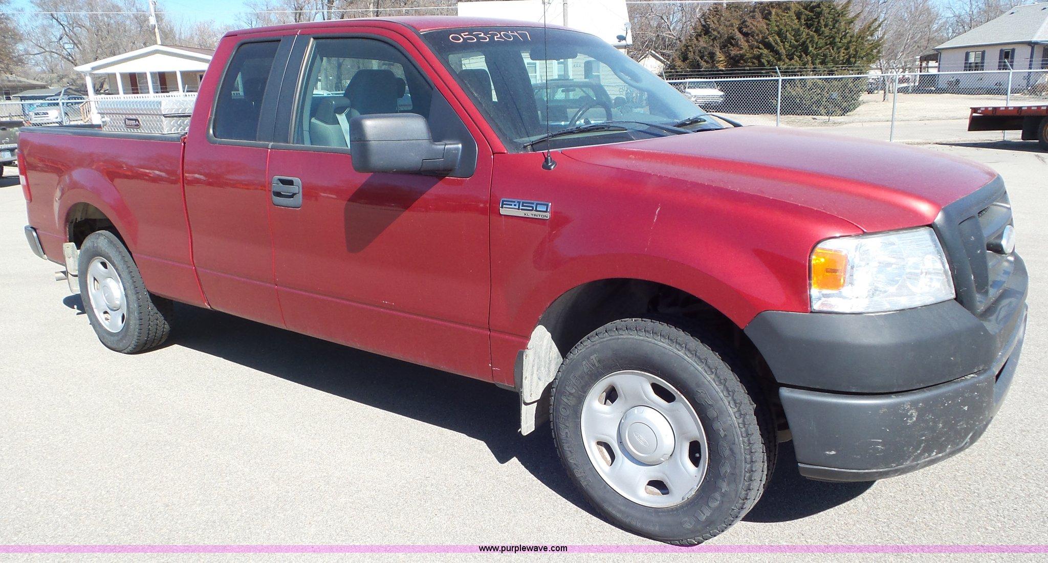 2007 ford f150 xlt triton tire size