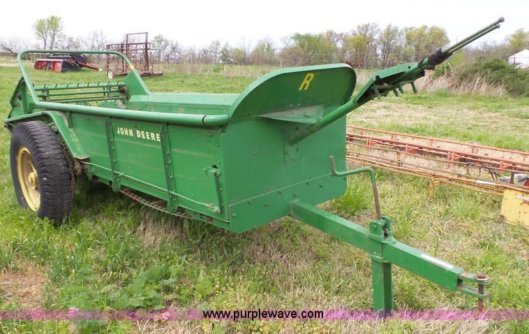 John Deere Manure Spreader : John deere r manure spreader item bl sold may