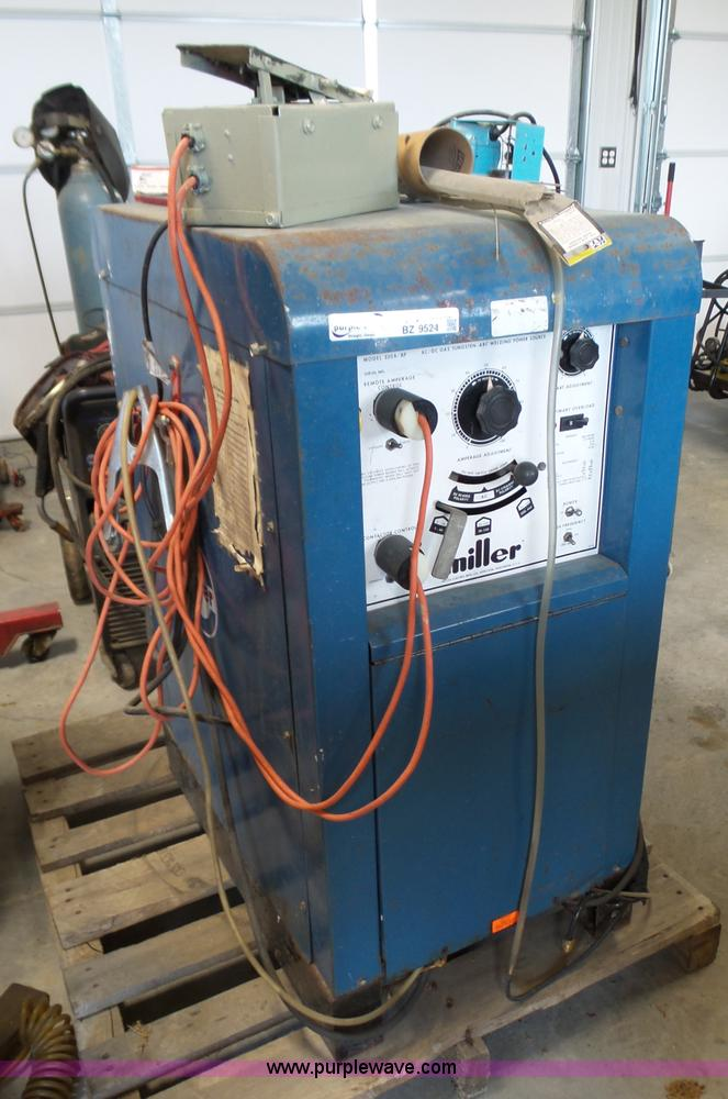 Miller 330A/BP tig welder | Item BZ9524 | SOLD! May 18 Vehic...