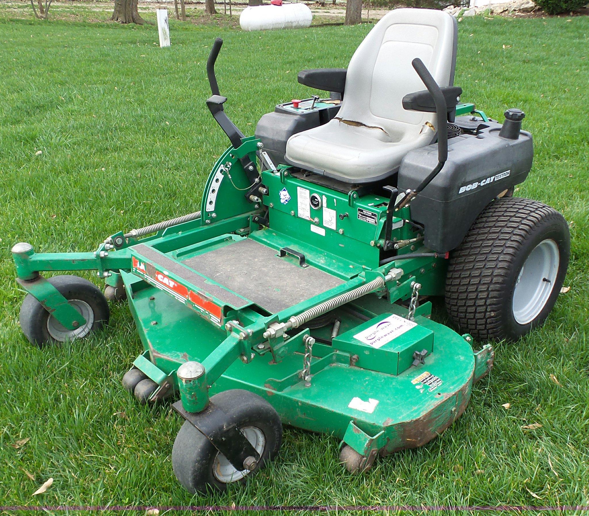 textron bobcat ztr lawn mower item k1333 sold may 18 ve rh purplewave com Bobcat Textron Mower Bagger Bobcat Mowers Dealers