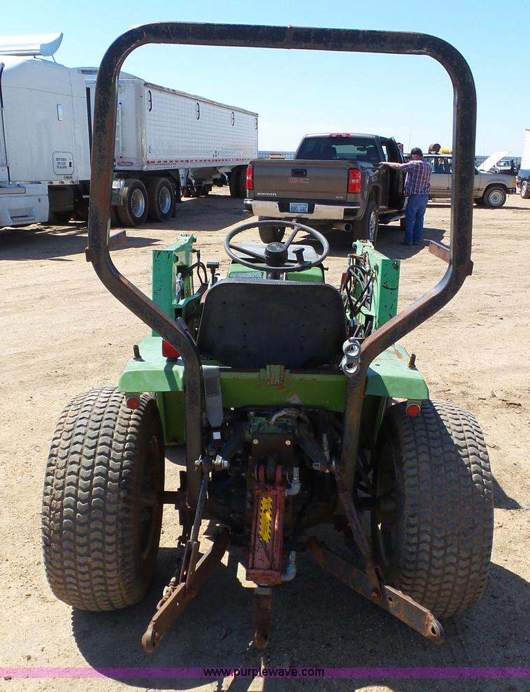 Deutz Allis 5215 tractor | Item AR9345 | SOLD! June 1 Vehicl... on