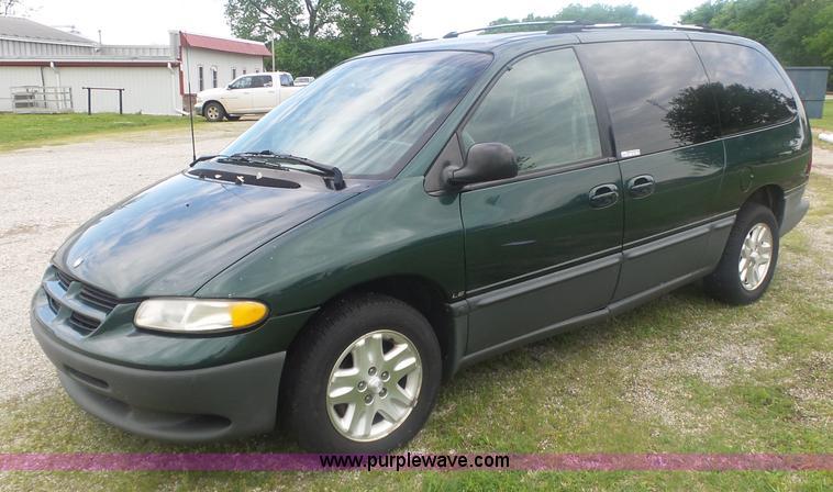 1996 Dodge Grand Caravan Item Bz9545 Sold June 7 Govern
