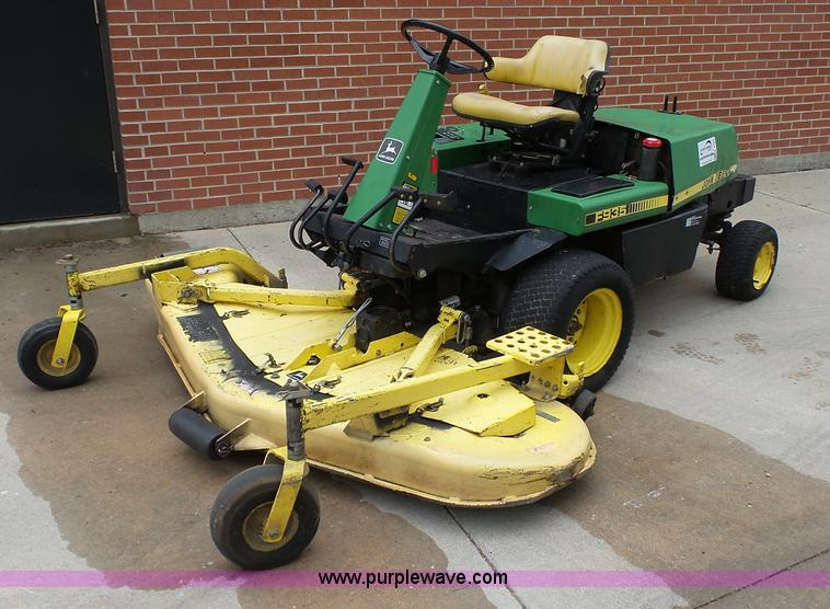 John Deere F935 lawn mower | Item K4181 | SOLD! June 7 Gover