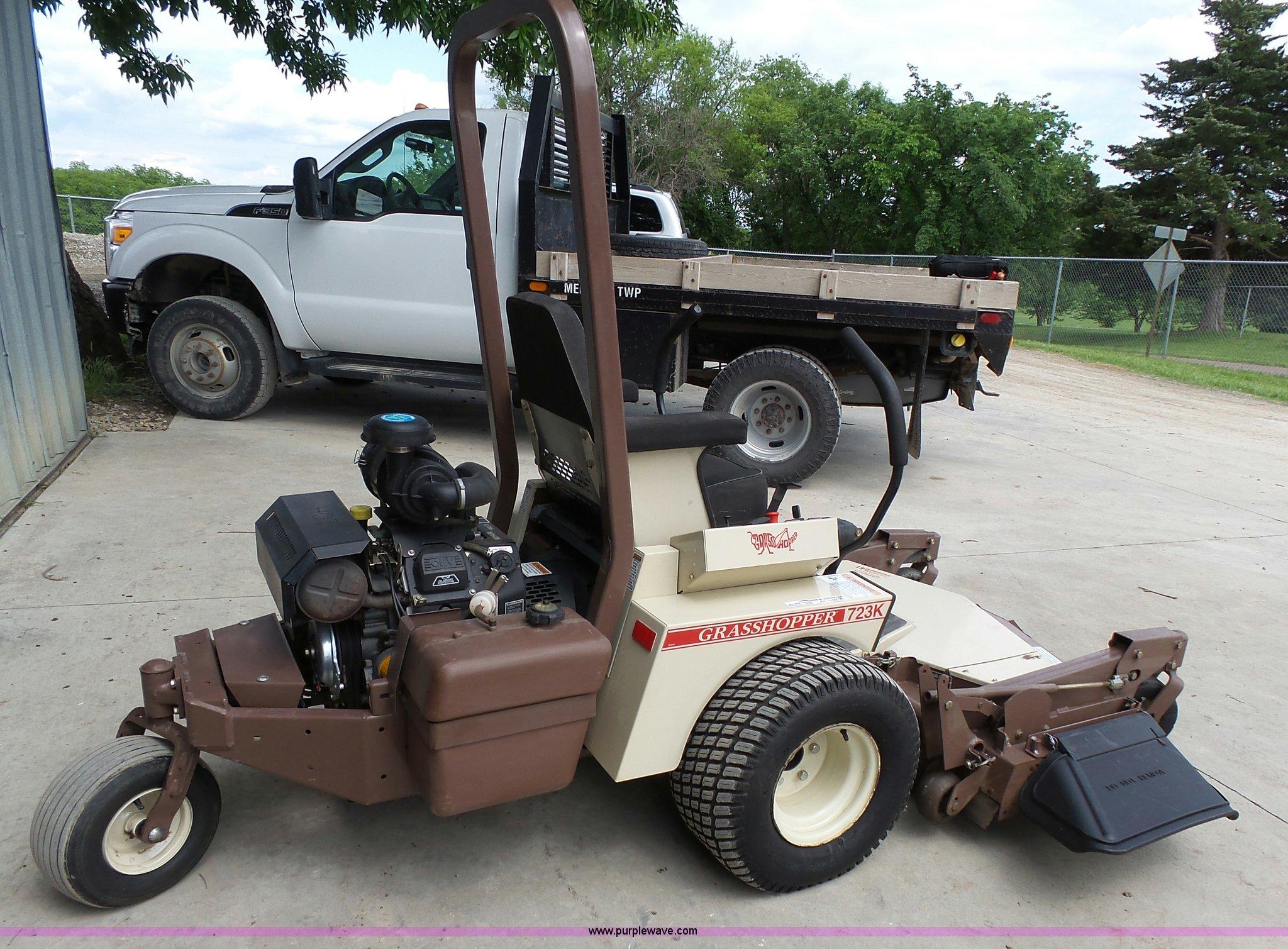 Grasshopper 723K ZTR lawn mower | Item BR9209 | SOLD! June 7