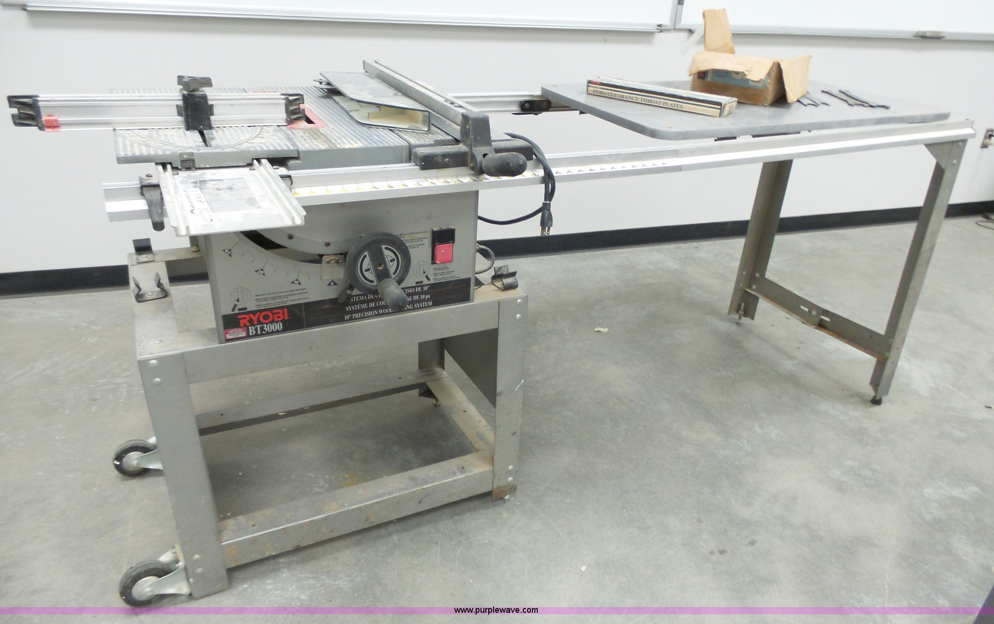 Ryobi bt3000 precision table saw item br9215 sold june br9215 image for item br9215 ryobi bt3000 precision table saw greentooth Image collections