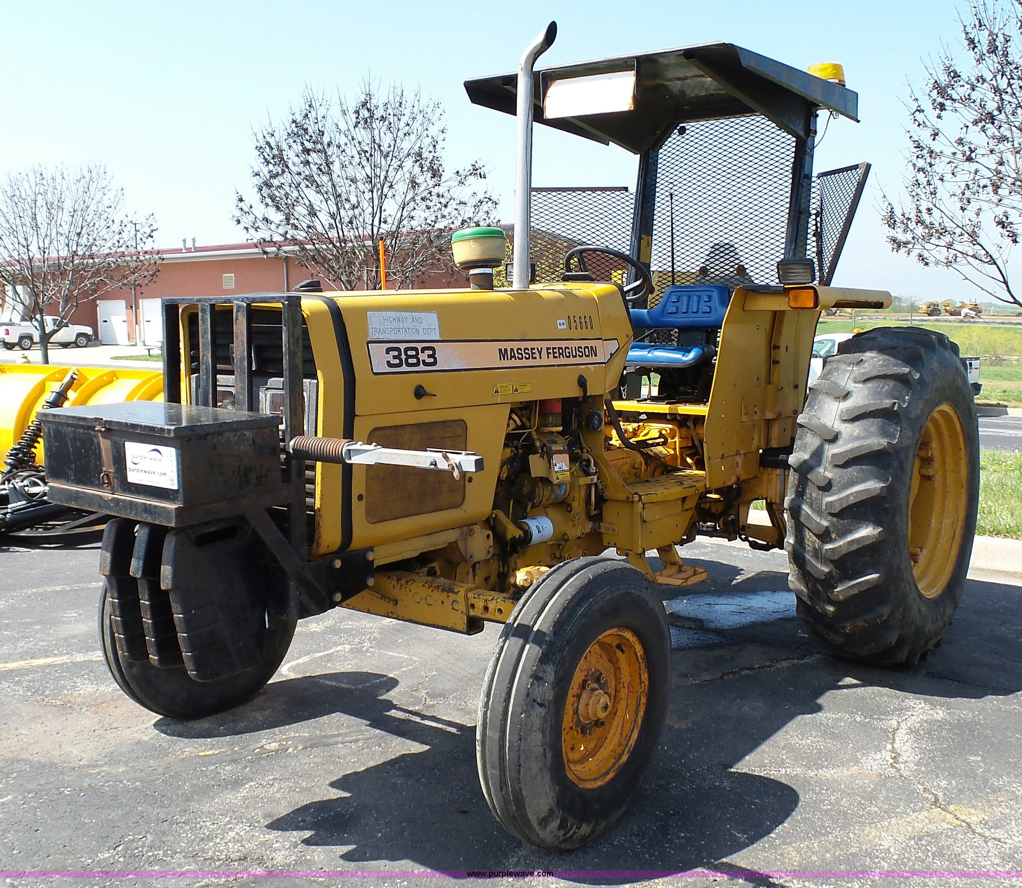 1994 Massey-Ferguson 383 tractor | Item L2130 | SOLD! June 7