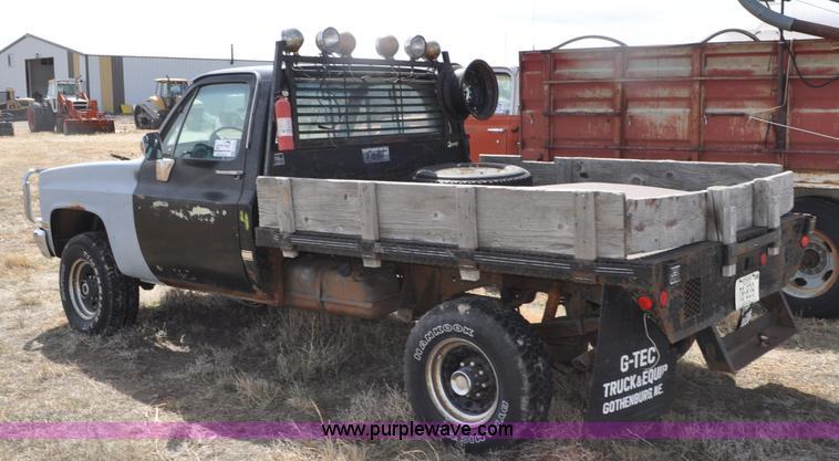1985 Chevrolet Scottsdale K20 flatbed pickup truck | Item G7