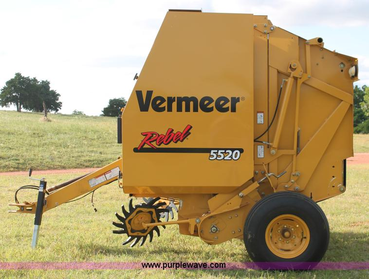 2012 Vermeer Rebel 5520 round baler | Item K8872 | SOLD! Jun