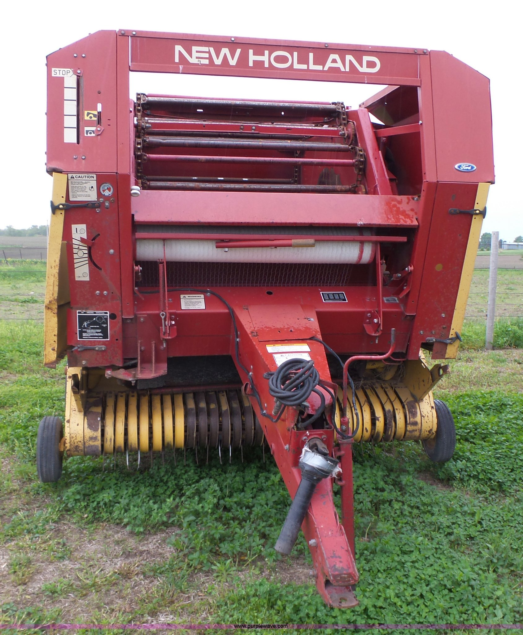 1989 New Holland 853 round baler | Item K2225 | SOLD! June 8