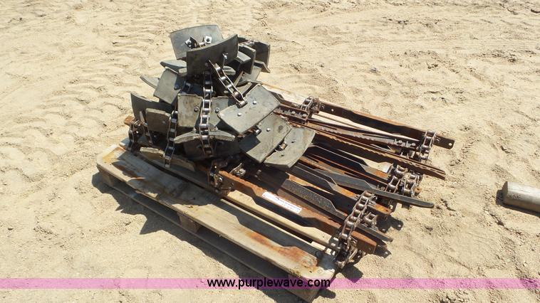 Chain conveyor parts   Item CC9781   SOLD! June 29 Ag Equipm