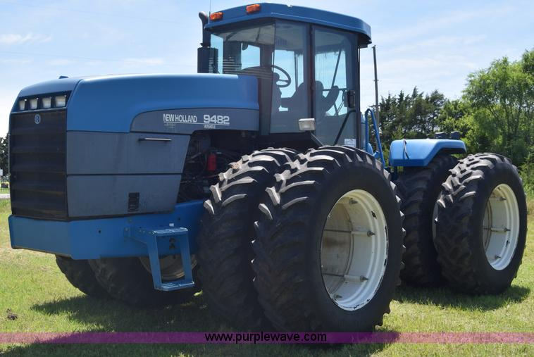 Ag Equipment Auction in Sabetha, Kansas by Purple Wave Auction