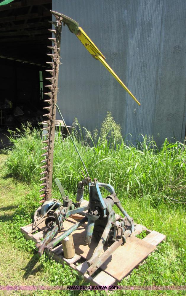 John Deere 9 sickle mower | Item L2786 | SOLD! June 29 Ag Eq