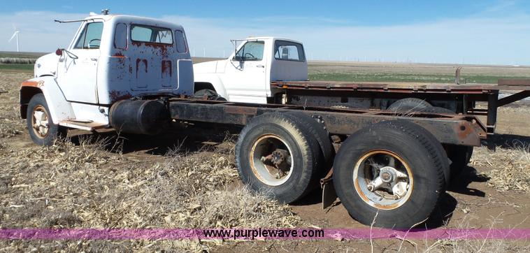 1967 GMC 7500 truck cab and chassis | Item J1269 | SOLD! Jun