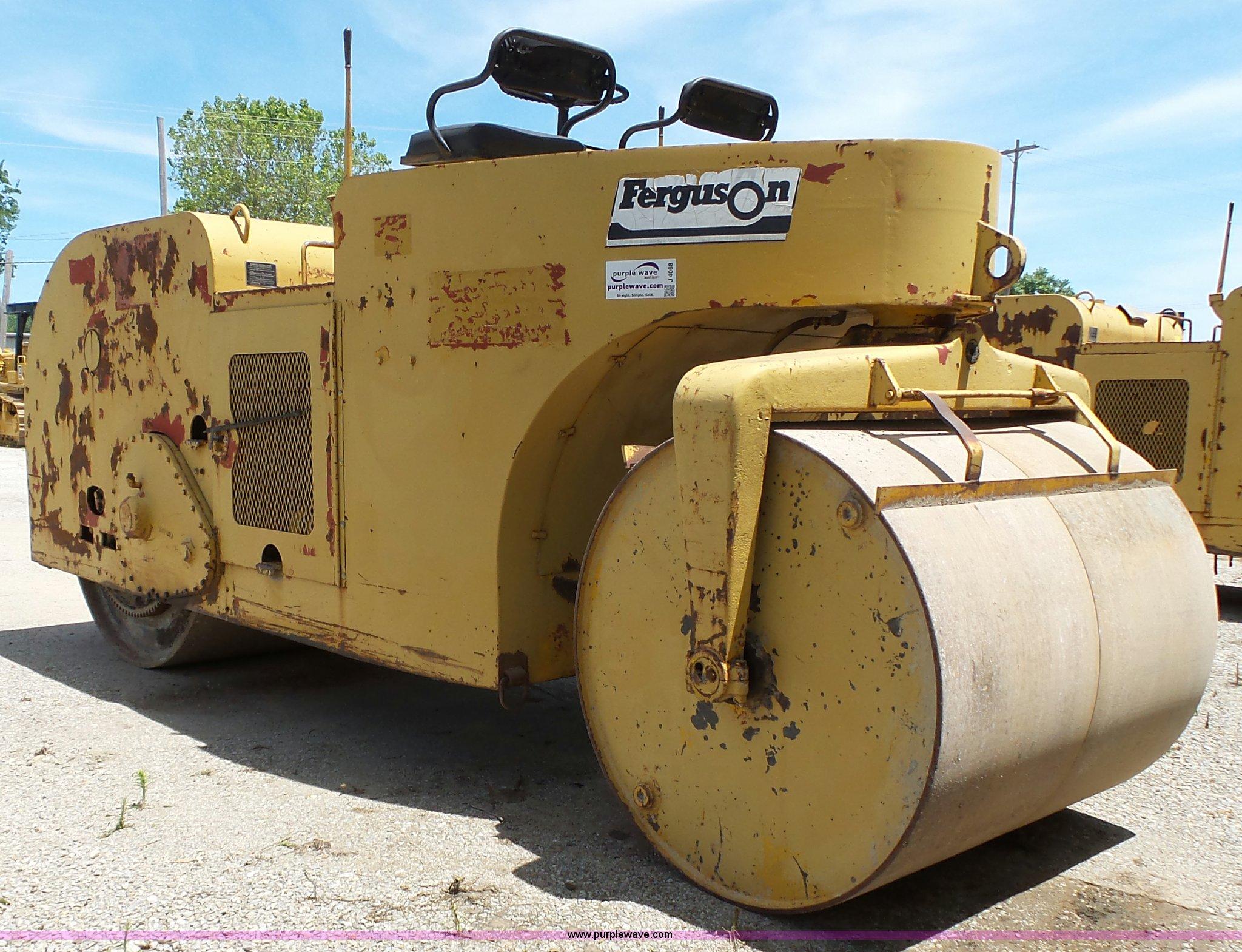 Ferguson 8-12 smooth double drum roller | Item J4068 | SOLD!...