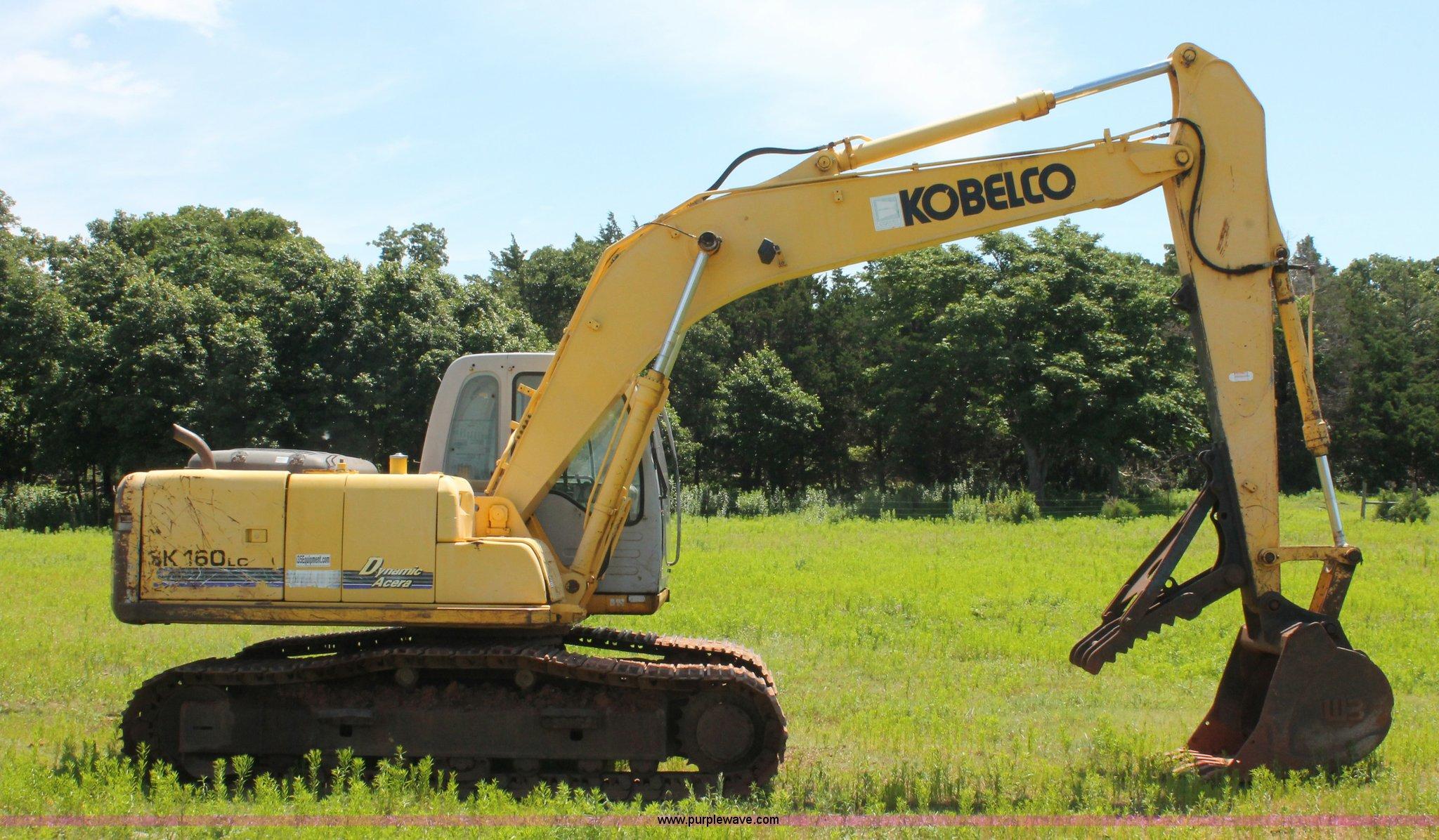 ... Kobelco SK160LC excavator Full size in new window ...