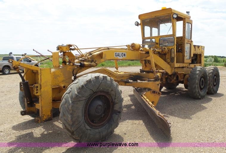 Construction Equipment Auction In Kanopolis Kansas By