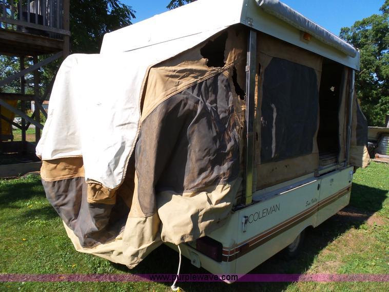 1984 Coleman pop up camper | Item BM9720 | SOLD! July 20 Veh