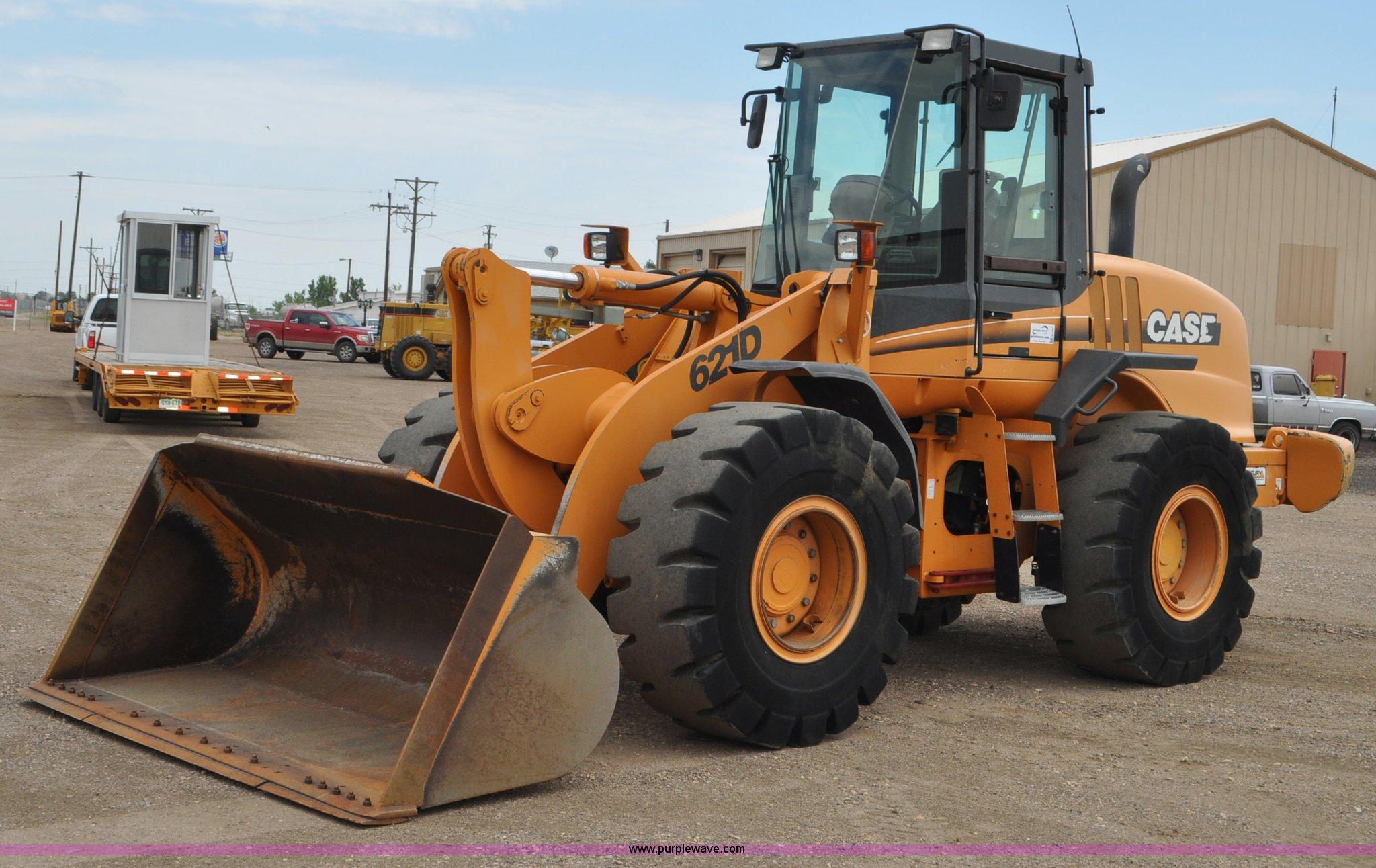 G7407 image for item G7407 2004 Case 621D wheel loader