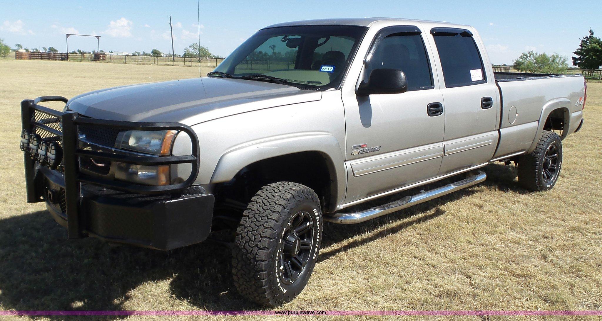 truck item for auction crew pickup image chevrolet silverado cab