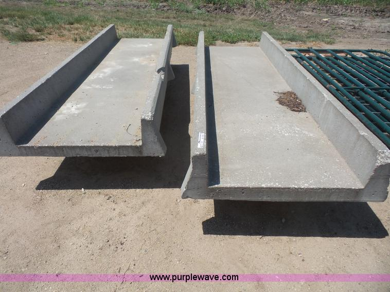 Cement Feed Bunks : Concrete feed bunks item bv sold august ag