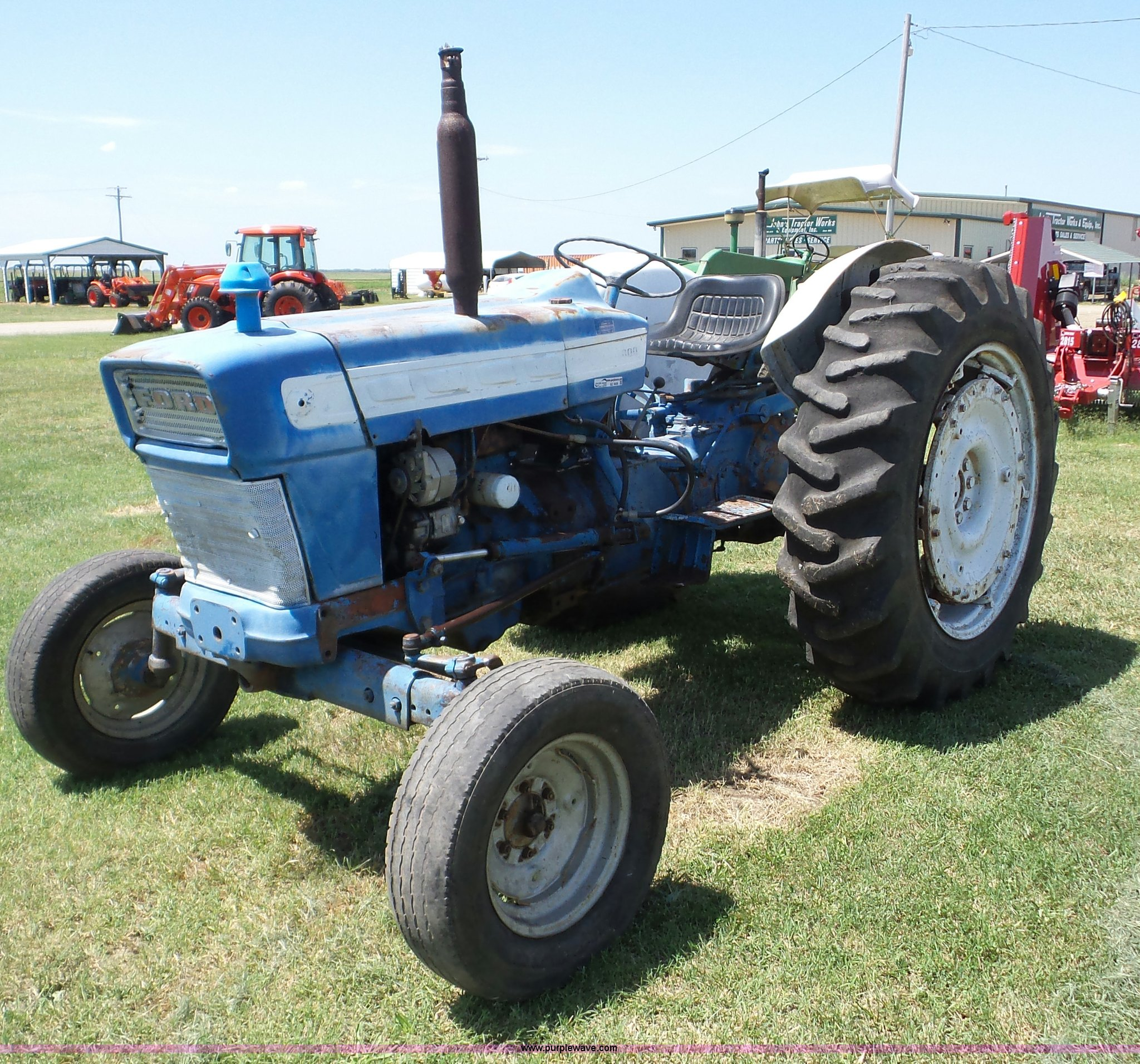 BZ9649 image for item BZ9649 Ford 4000 tractor