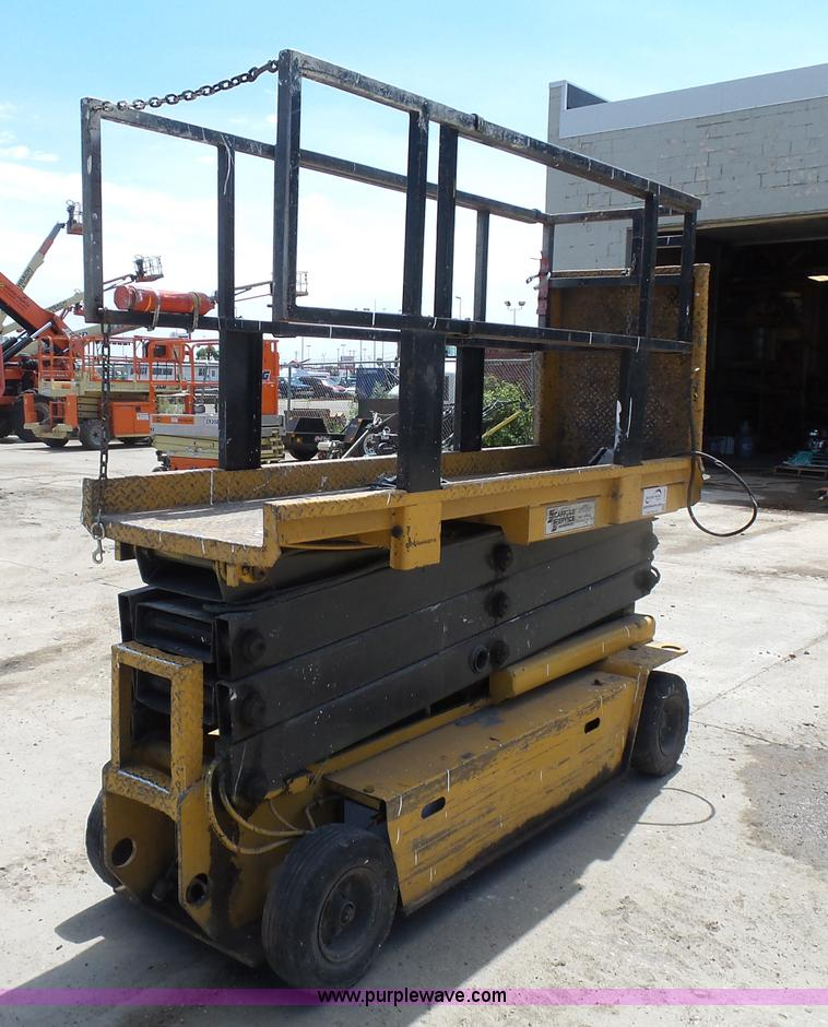 J1656B grove sm2633 scissor lift item j1656 sold! august 25 con
