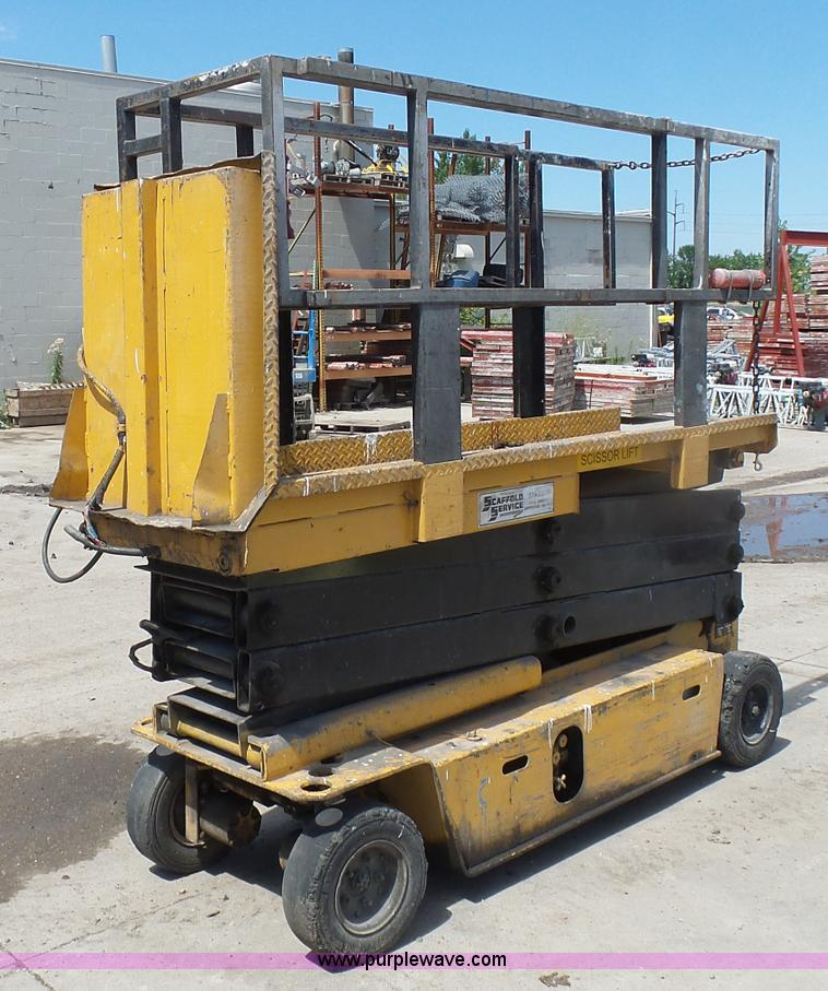 J1656F grove sm2633 scissor lift item j1656 sold! august 25 con