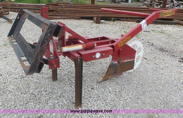 Tommy Silt Fence Plow Item L6203 Sold August 25