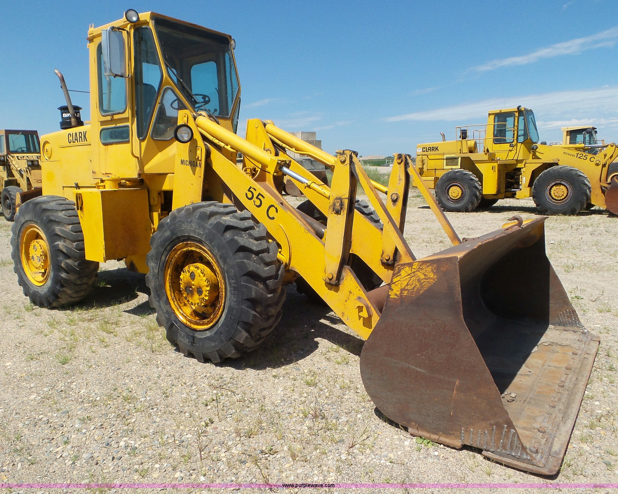 1981 clark 55c cu wheel loader in bellingham mn item l6834 sold purple wave 1981 clark 55c cu wheel loader in