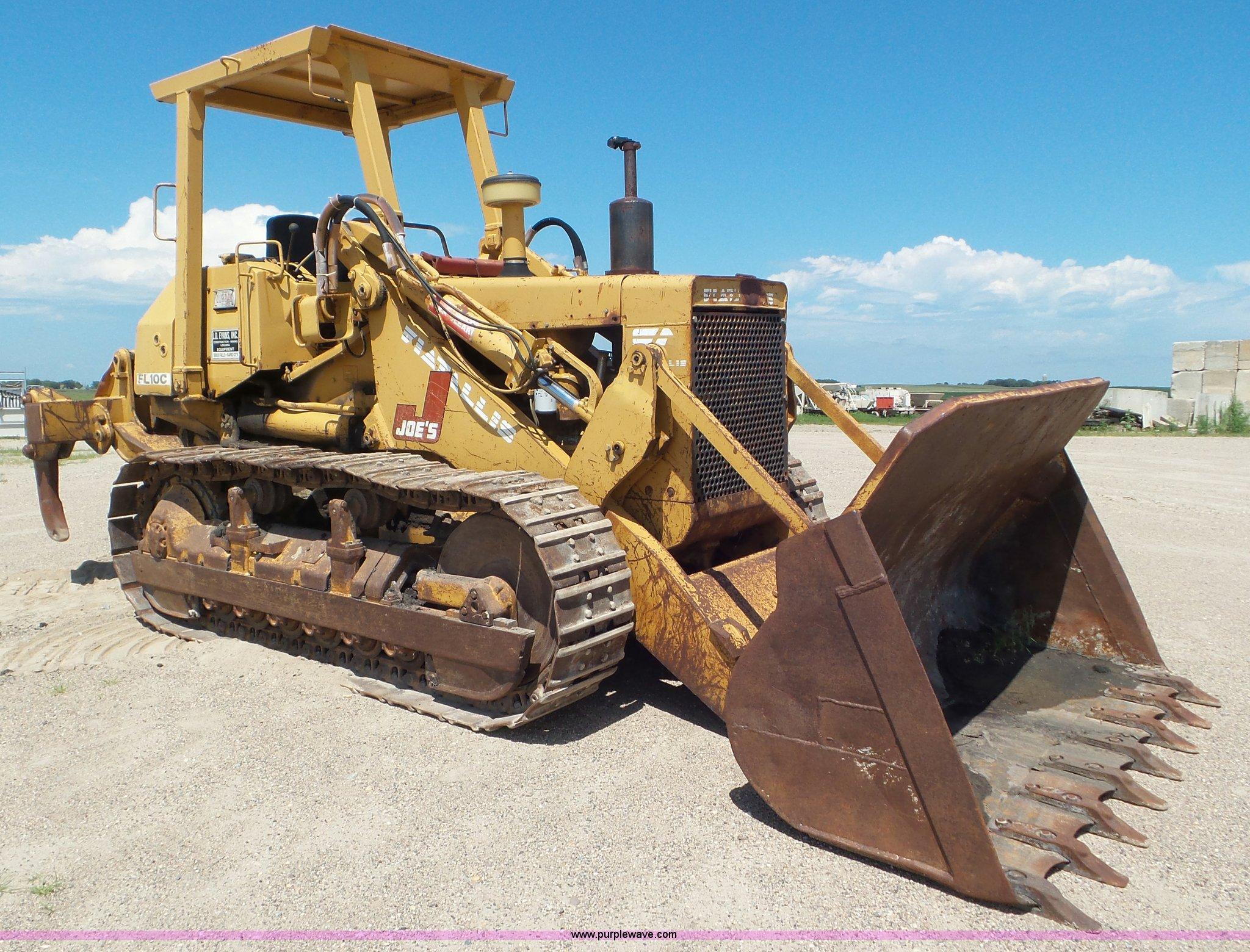1987 fiat allis fl10c track loader in bellingham mn item l6840 sold purple wave 1987 fiat allis fl10c track loader in