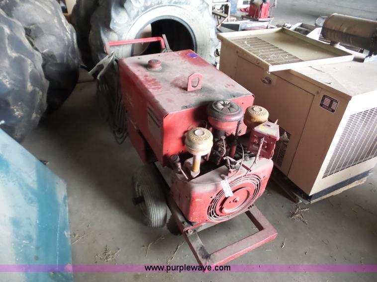 Lincoln 225 Weldergenerator Item Ag9472 Sold September