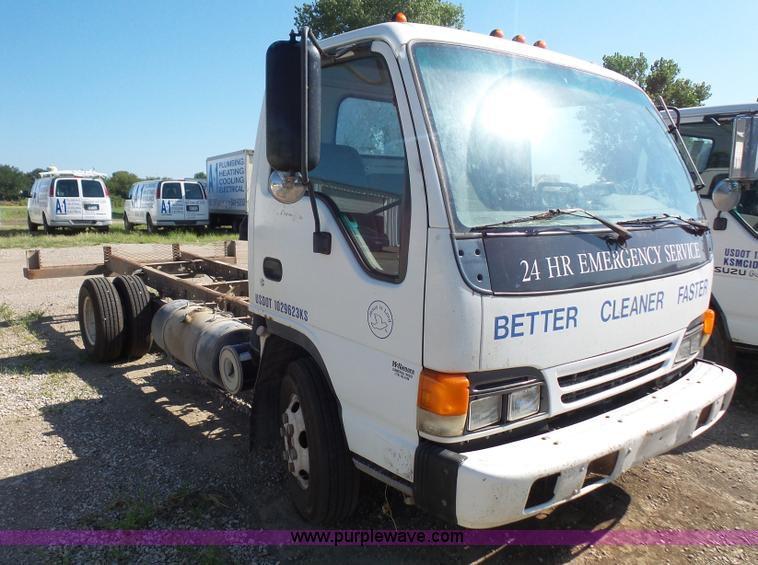 L4967 Image For Item 1999 Isuzu NPR Truck Cab And Chassis