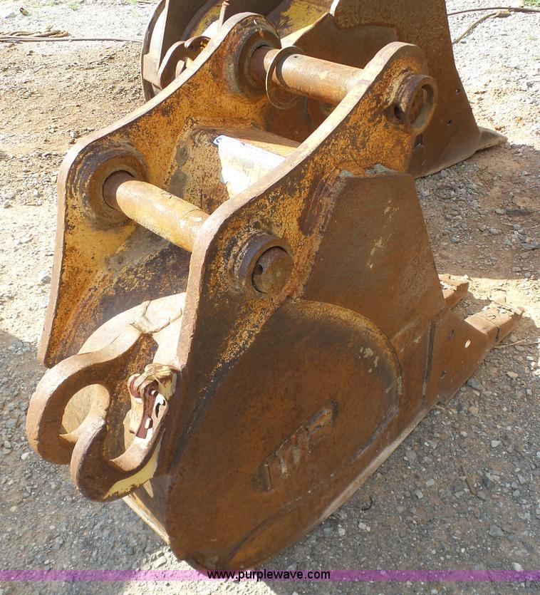 Wb Excavator Bucket In Hinton Ok Item Ap9357 Sold