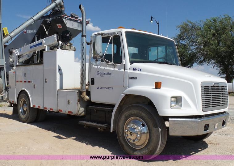 2003 freightliner fl70 service truck item k7044 sold se rh purplewave com Freightliner FL70 Battery freightliner fl70 repair manual