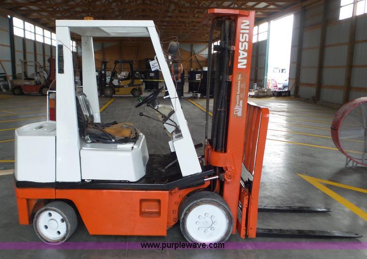 L6947 Image For Item Nissan 50 Forklift
