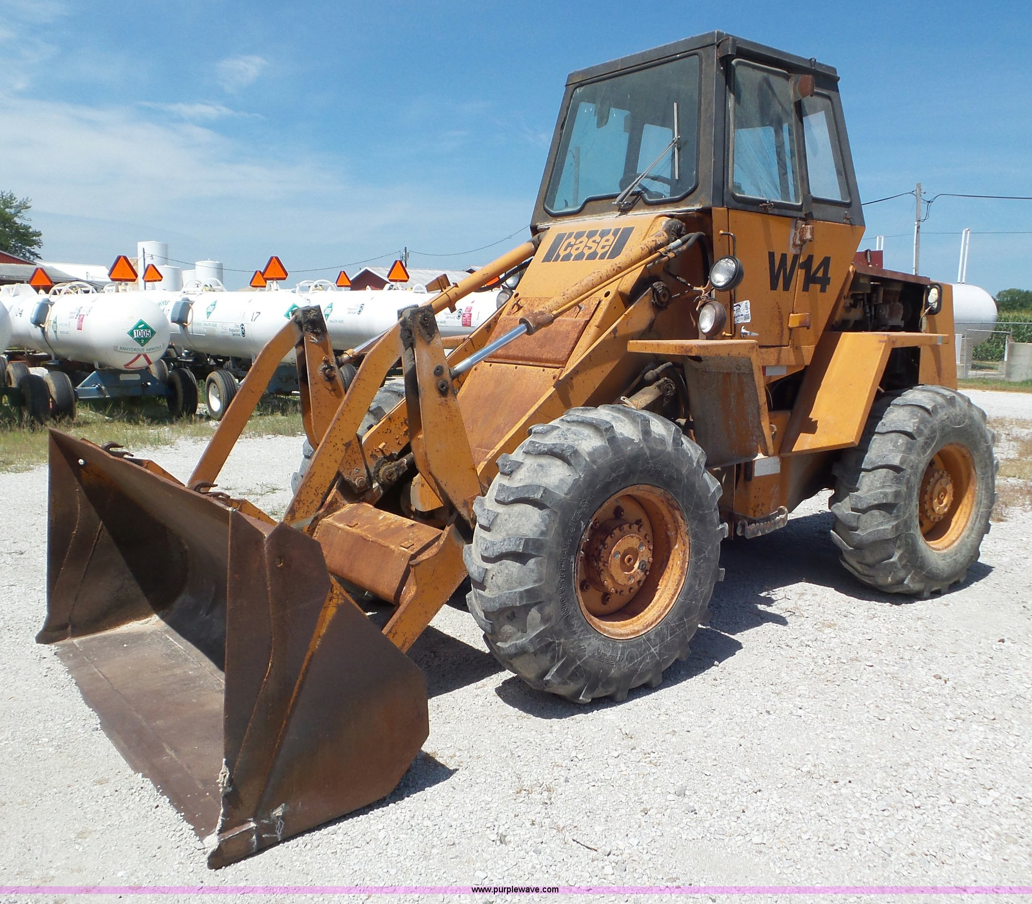 L6874 image for item L6874 Case W14 wheel loader