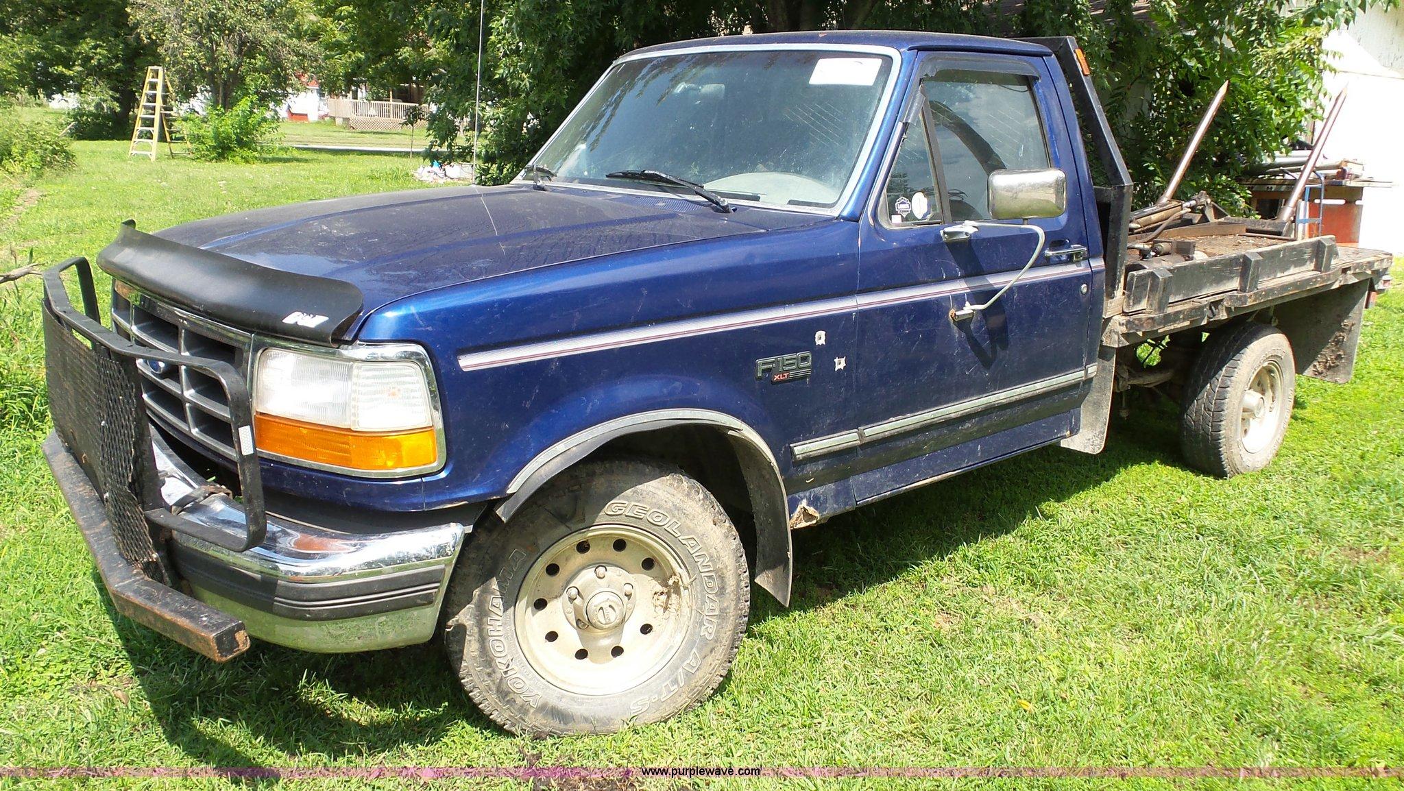 1996 Ford F150 Xlt Flatbed Pickup Truck Item J4814 Sold