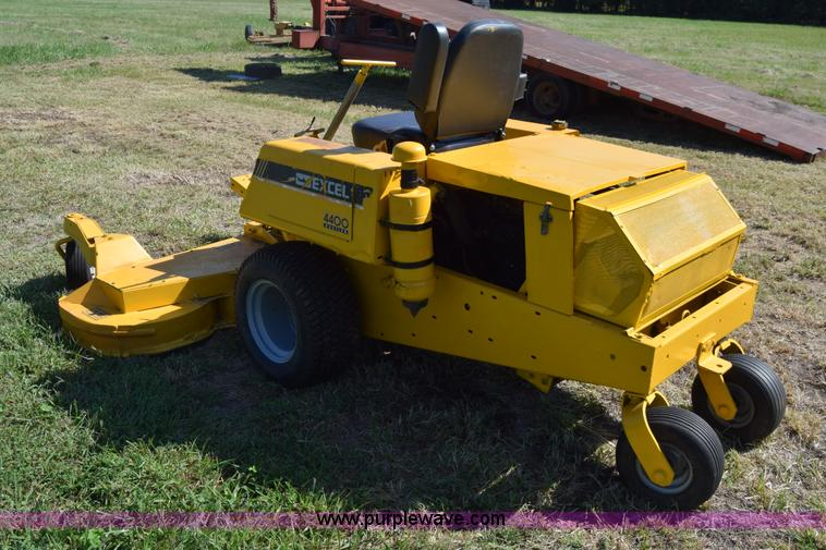 For sale hustler 4400 mower