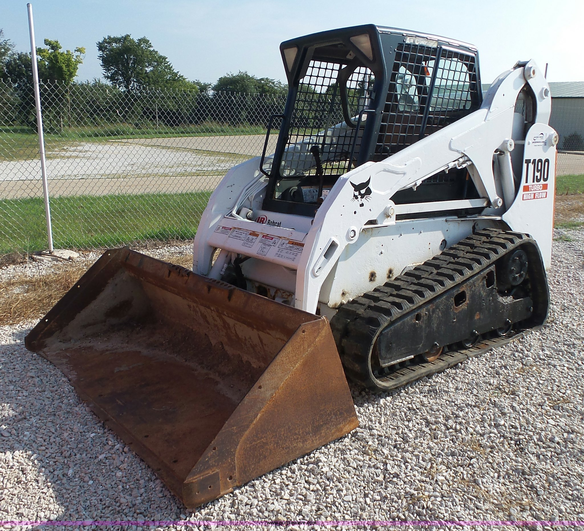 2002 Bobcat T190 Skid Steer Item K1152 Sold September 2