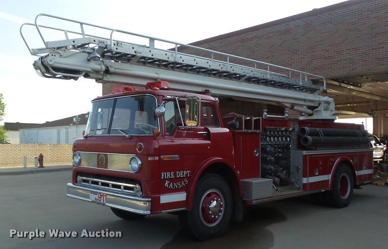 1973 Ford Quint B5042 Snorkel Ladder Fire Truck Item