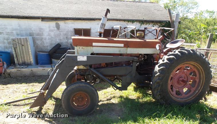 Farmall 560 Rear Wheels : Farmall tractor item j sold october ag