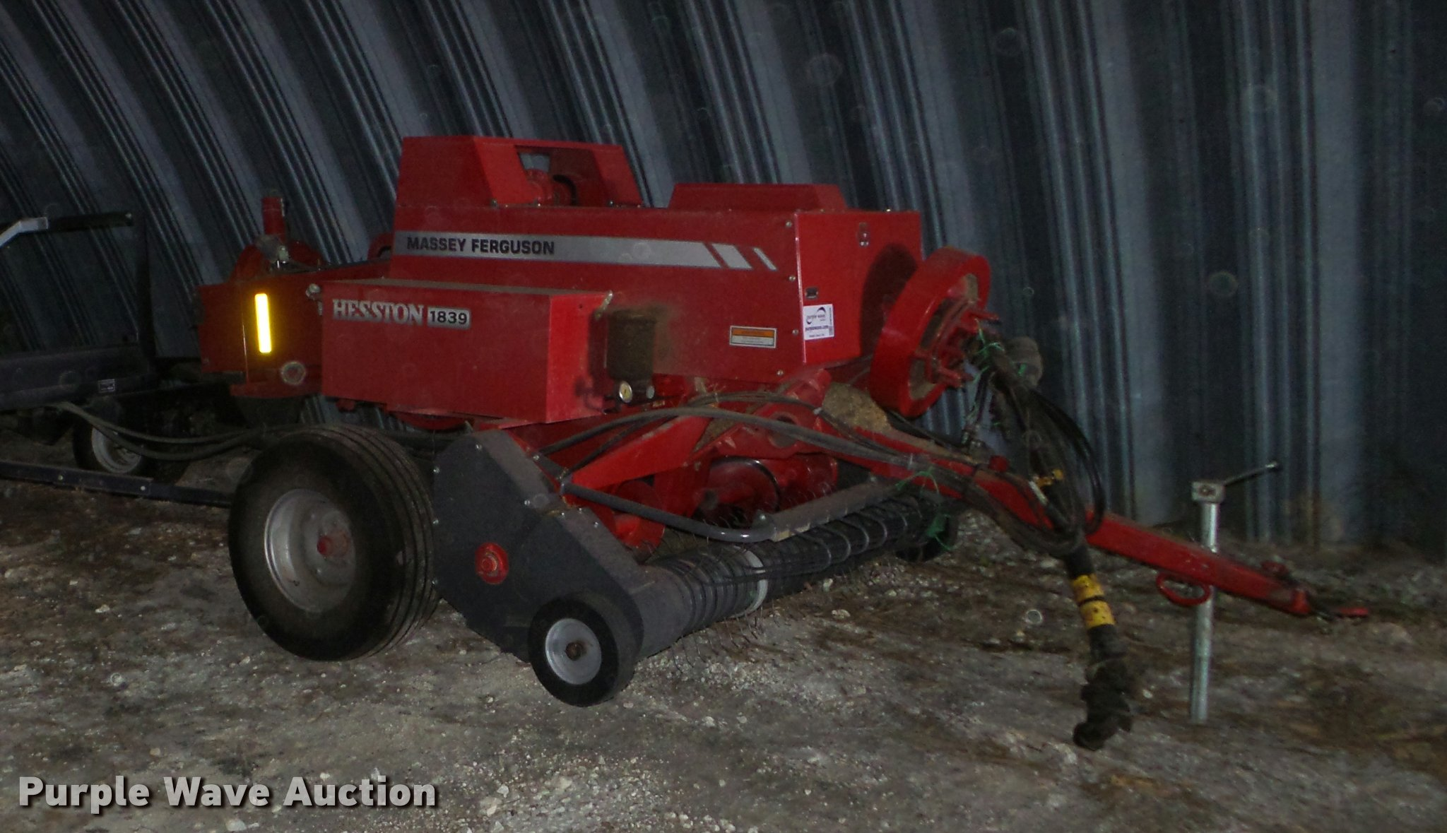DB3506 image for item DB3506 Massey-Ferguson Hesston 1839 small square baler