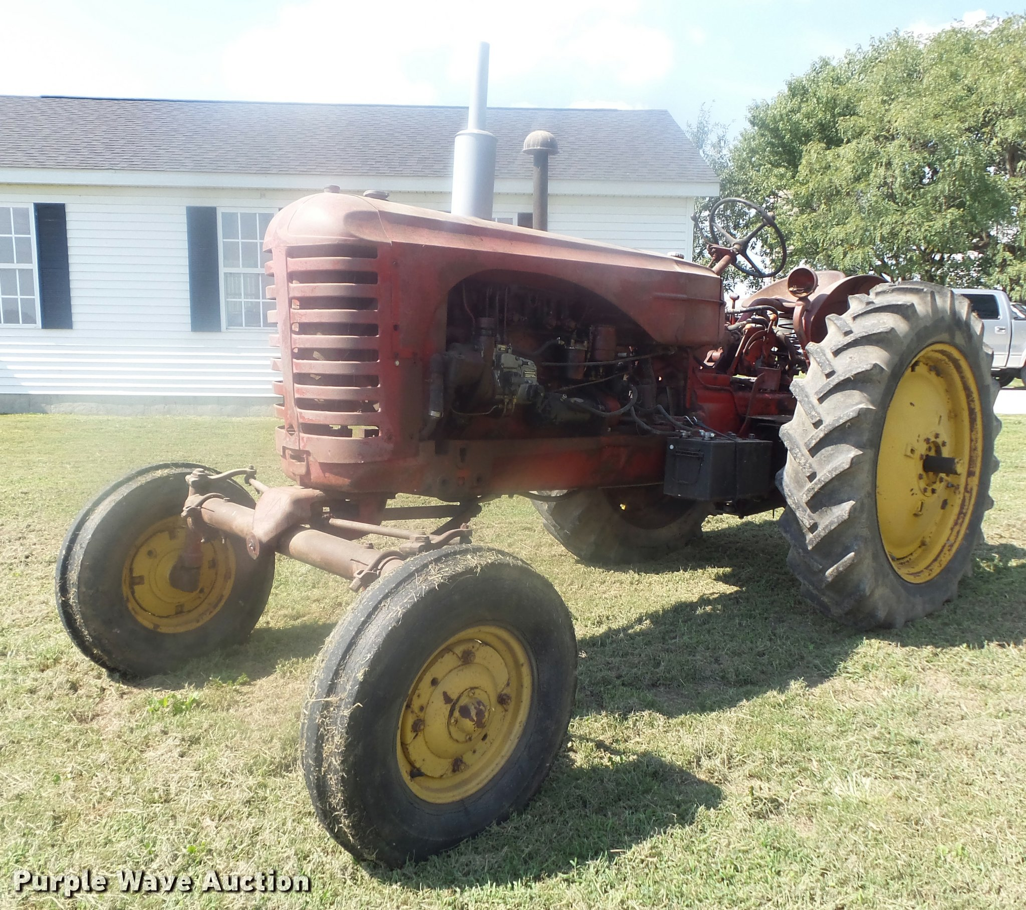K7721 image for item K7721 1955 Massey-Harris 44 Special Diesel tractor