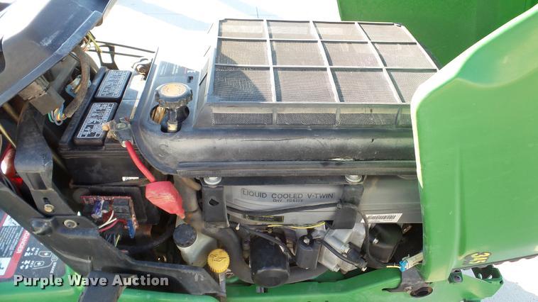 John Deere 345 lawn mower | Item DA2906 | SOLD! October 26 V