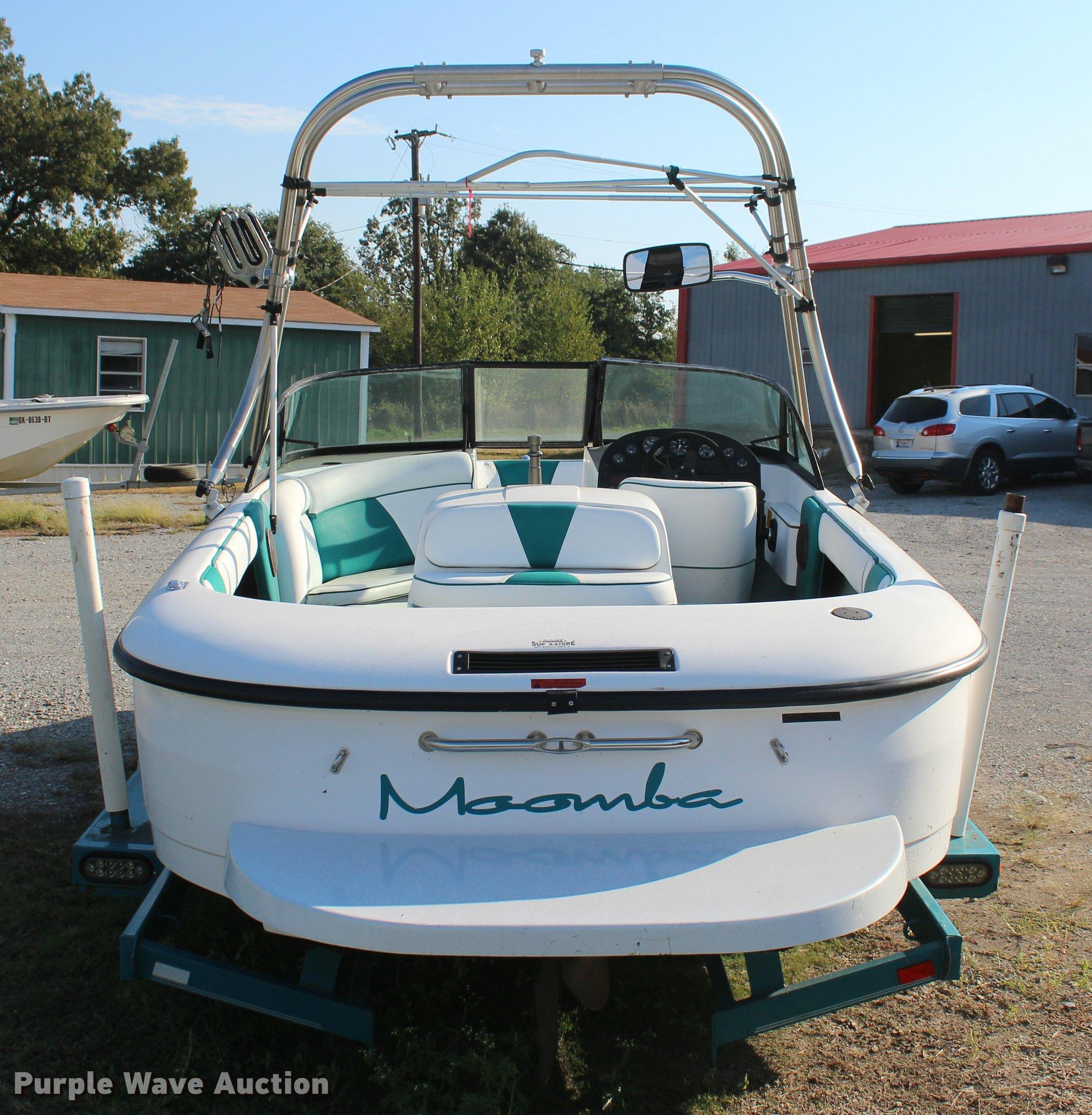 ... 1997 Moomba Outback ski boat Full size in new window ...