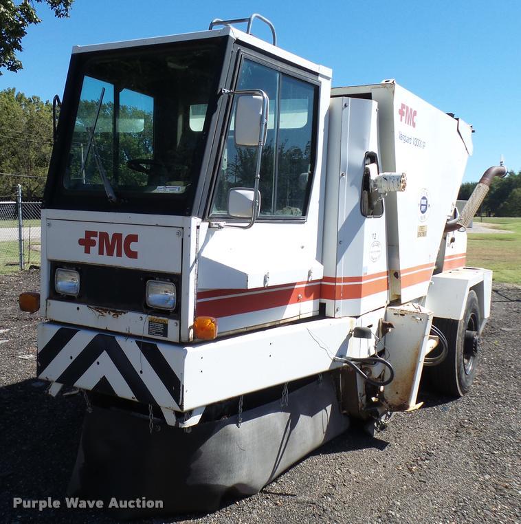 1989 fmc vanguard v3000sp street sweeper item da9815 sol rh purplewave com FMC Loaders 940 Wayne Sweeper