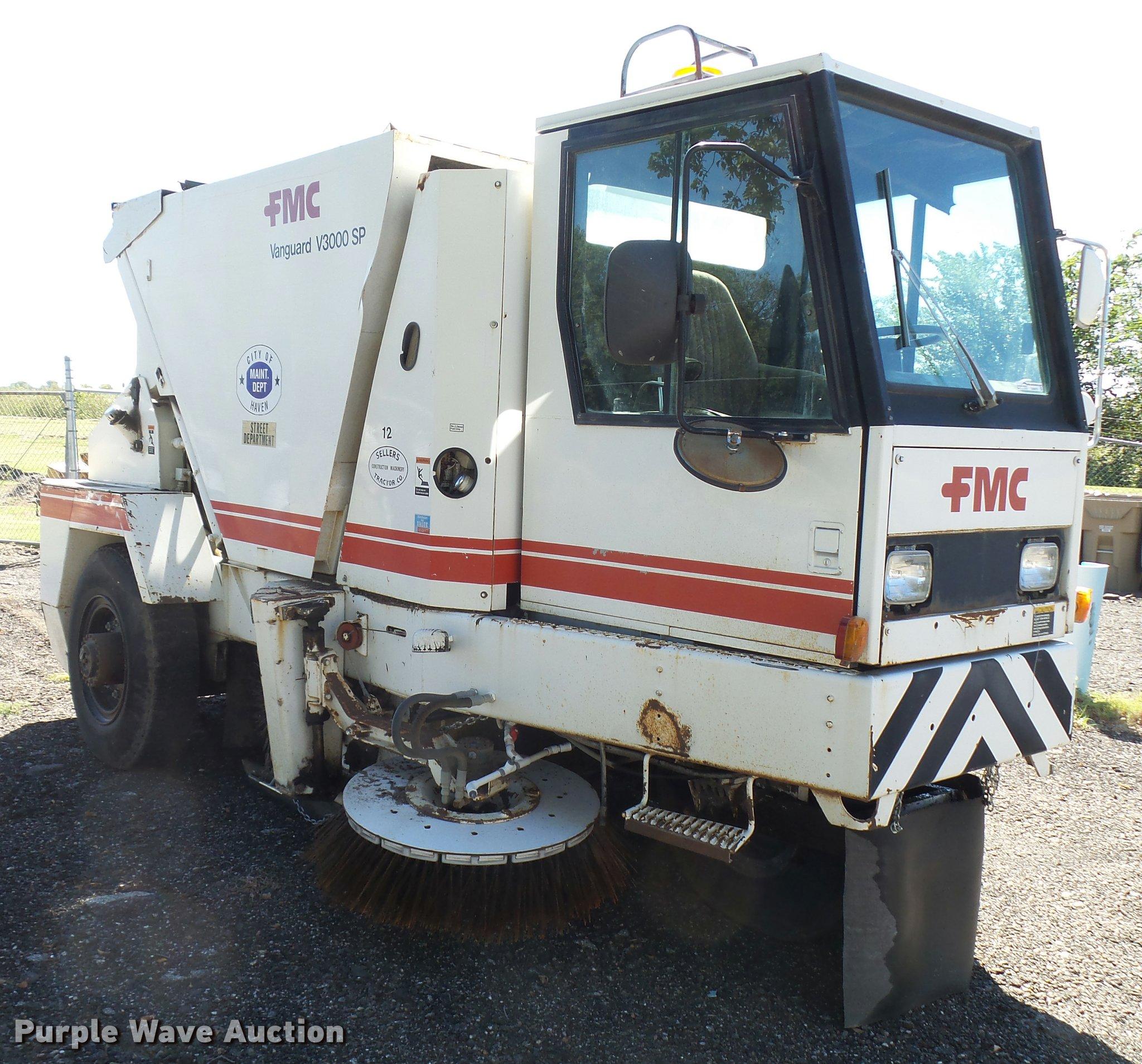 1989 fmc vanguard v3000sp street sweeper item da9815 sol rh purplewave com FMC Motorhome Vanguard Truck Street Sweeper