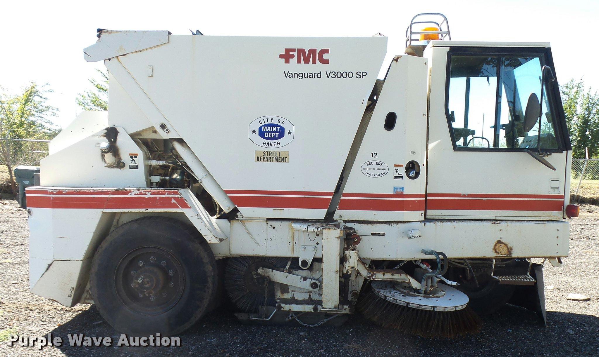 1989 fmc vanguard v3000sp street sweeper item da9815 sol rh purplewave com Vanguard Truck Street Sweeper Tyco Sweeper