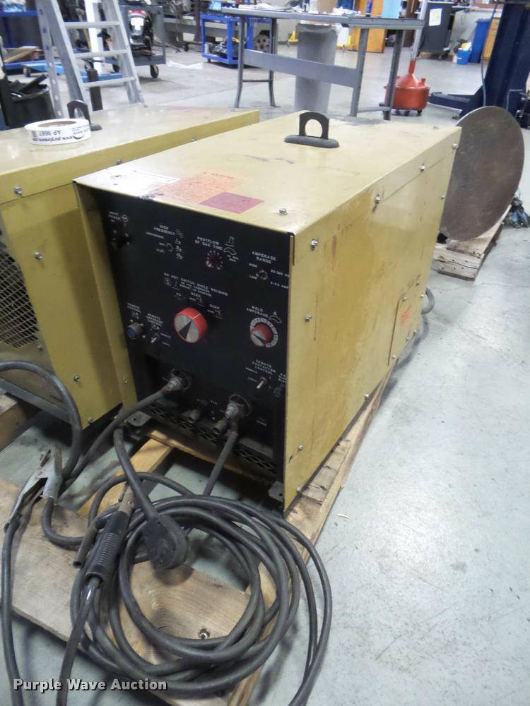 Hobart Tig Welder >> Hobart Tig Ac Dc Arc Welder Item Ap9697 Sold November 1