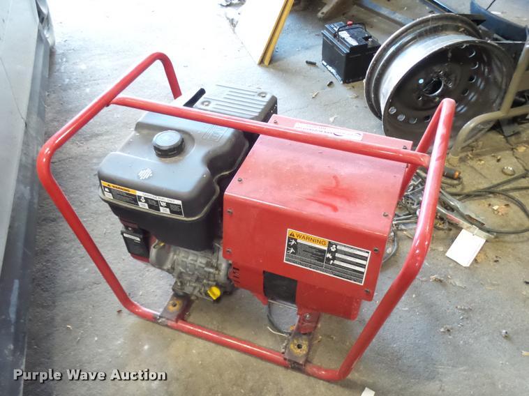Lincoln Electric Power Arc 4000 welder/generator | Item BU97